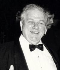 Broadway Lights Will Be Dimmed in Honor of Charles Durning Tonight