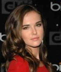 Zoey Deutch to Guest Star on ABC Family's SWITCHED AT BIRTH, 2/18