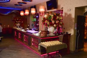 BWW Previews: VIS A VIS Restaurant and Lounge Opens in Brighton Beach, Brooklyn