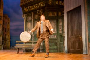 BWW Reviews: ONE MAN, TWO GUVNORS, Lyceum, Sheffield 15 May 2014