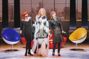 BWW Chicago Reviews: THE FIRST WIVES CLUB