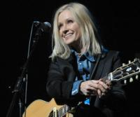 Grammy Winner Shelby Lynne Performs on CBS THIS MORNING: SATURDAY