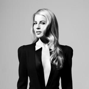 Broadway Vet Morgan James Celebrates Release of HUNTER with Performance at (le) poisson rouge Tonight
