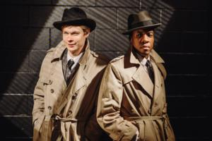 BWW Reviews: THE 39 STEPS a Twisted Path to Mindless Fun