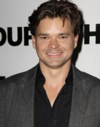 Hunter Foster to Join Sister Sutton Foster on ABC Family's BUNHEADS