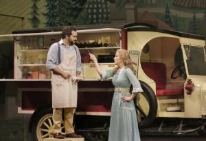 BWW Reviews:  OTSL's ELIXIR OF LOVE is intoxicating!