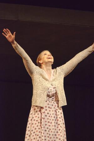 BWW Reviews: Betsy Horne Shines as KAT'A KABANOVA at Spoleto Festival