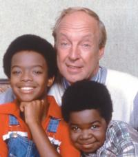 Conrad Bain, Star of DIFF'RENT STROKES Dies at 89