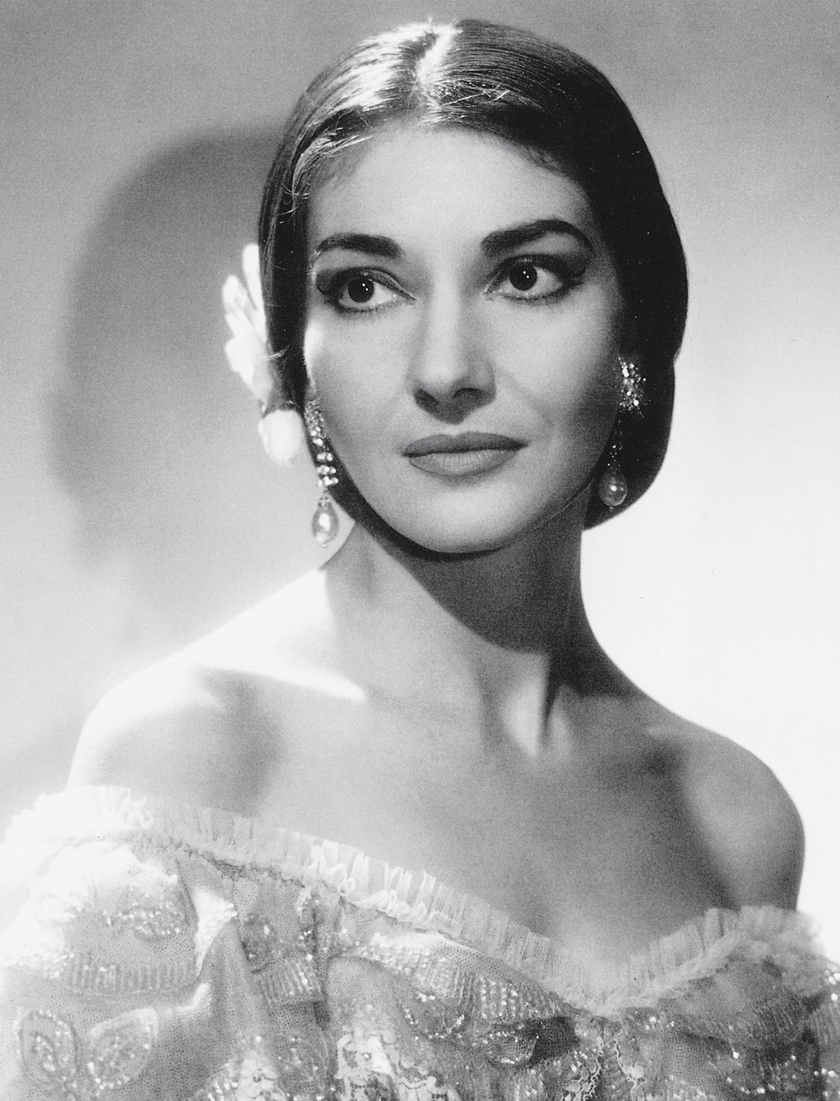 Venice  Middle and The o jays on Pinterest Maria Callas