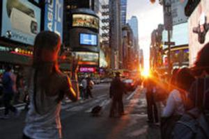 The American Museum of Natural History Welcomes Next Manhattanhenge Dates This Weekend