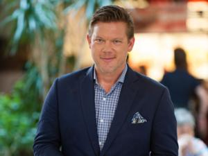 Tyler Florence Returns to Host New Season of FOOD COURT WARS, 2/23