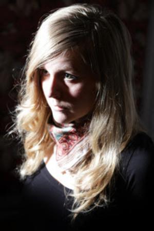 Linnea Olsson Release Debut U.S. Album 'Ah!', Kicks Off Tour 2/11
