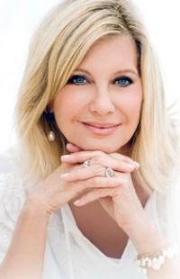 Olivia Newton-John to Play the State 2/21