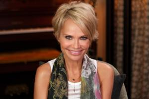 VIDEO: Sneak Peek - Kristin Chenoweth to Appear on OPRAH: WHERE ARE THEY NOW?, 1/3