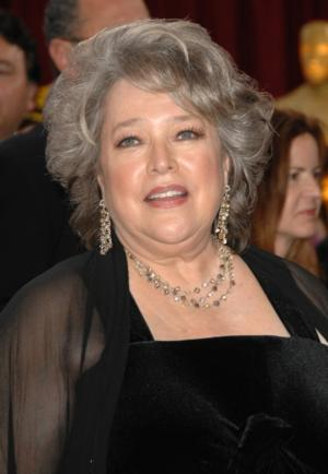 Kathy Bates to Guest Star on CBS' MIKE & MOLLY