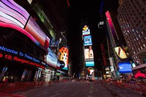 Times Square Advertising Coalition and Time Square Arts Present MIDNIGHT MOMENT Tonight