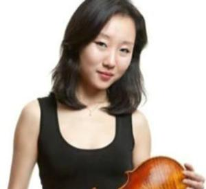 Violinist Wanzhen Li Heads Celebration of China Concert with RSO, 2/15