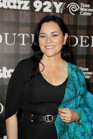 Diana Gabaldon's OUTLANDER Series to Debut on STARZ Cable Network, 8/9