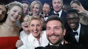 Ellen's Epic OSCAR Selfie Raises $3 Million for Charities!