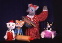 THREE LITTLE KITTENS - THE MEWSICAL and More Set for Great AZ Puppet Theater, Beg. 2/6