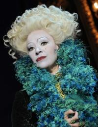 Harriet-Thorpe-Will-Return-to-WICKED-as-Madame-Morrible-From-April-22-20010101