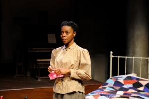 BWW Reviews: Riveting INTIMATE APPAREL Takes Center Stage at Trinity Rep