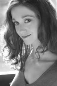 Amy Oestreicher to Debut Cabaret GUTLESS & GRATEFUL at The Triad, 10/19, 21 & 26