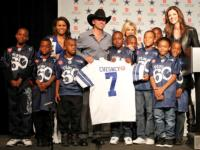Kenny Chesney to Kick-Off 122nd Salvation Army Red Kettle Campaign