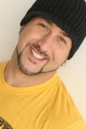 'NSYNC's Joey Fatone to Host Hub Network's Original Unscripted Series PARENTS JUST DON'T UNDERSTAND