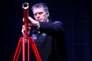 BWW Reviews: A LIFE OF GALILEO, Rose Theatre Kingston, March 25 2014
