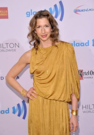 ORANGE IS THE NEW BLACK's Alysia Reiner Boards HOW TO GET AWAY WITH MURDER