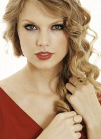 Taylor Swift to Co-Host The GRAMMY Nominations Concert Live!, 12/5