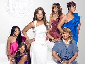 WE tv Renews BRAXTON FAMILY VALUES for 4th Season
