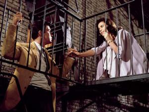 Steven Spielberg to Helm WEST SIDE STORY Big Screen Reboot?
