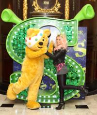 X FACTOR Finalist Amelia Lily Joins SHREK For Children In Need, Nov 14