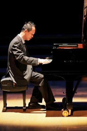 Piano Soloist Rueibin Chen to Perform Rachmaninoff at the Wallis Center, 3/27-28