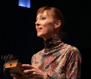 In Performance: MY MOTHER HAS 4 NOSES' Jonatha Brooke Sings 'Time'