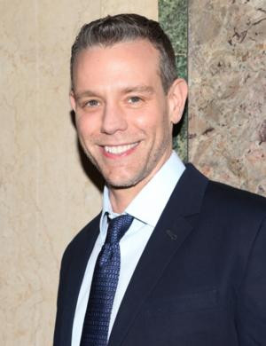 Adam Pascal Cancels Tonight's 54 Below Performance Due to Illness; Anthony Rapp to Step in