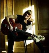 BWW-Reviews-CERYS-MATTHEWS-Live-At-The-Hippodrome-November-21-20010101
