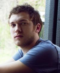 Phillip Phillips Becomes First IDOL Winner to Top 2 Million in Sales