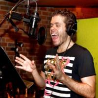 Perez Hilton Sings 'A Perez Hilton Christmas' for Broadway's CAROLS FOR A CURE
