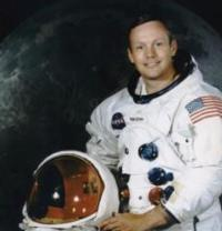 'Pipes of Christmas' Concert to Pay Tribute to Neil Armstrong