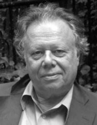New Yorker's John Lahr to End Run as Critic; Begin Profiles
