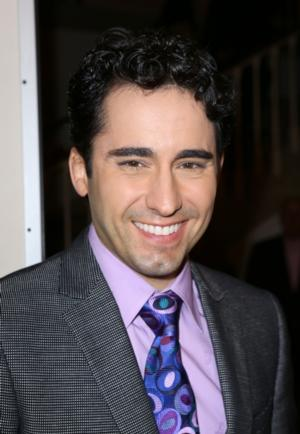 Broadway's Original 'Frankie Valli' John Lloyd Young to Star in JERSEY BOYS in the West End from March 15