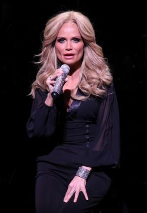 Kristin Chenoweth to Play New Year's Eve Show at Smith Center