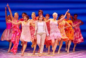 Niamh Perry To Play Sophie In International Cast of MAMMA MIA! During Blackpool Residency