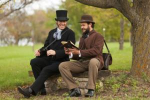 BWW Reviews: TigerLion Arts' Outdoor Walking Play NATURE at the Minnesota Landscape Arboretum Embodies the Spirit of Nature Through the Lives of Emerson and Thoreau