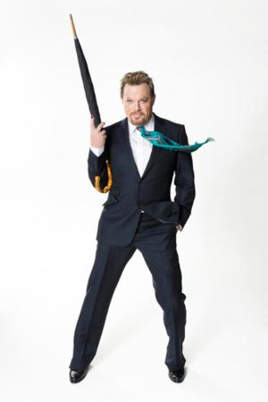 Eddie Izzard to Perform a 'Force Majeure' in 3 Languages, 3/28