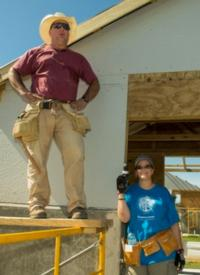 Garth Brooks, Trisha Yearwood Join Habitat for Humanity in Haiti