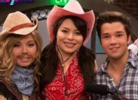 Details-Revealed-for-iCARLY-Series-Finale-20121123